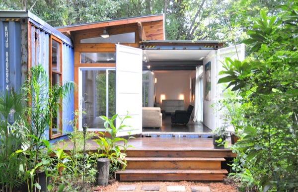 two-containers-to-a-small-house-03