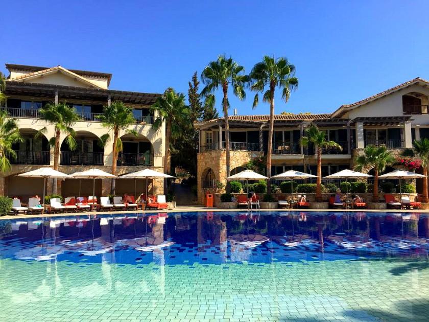 columbia resort pool.jpg