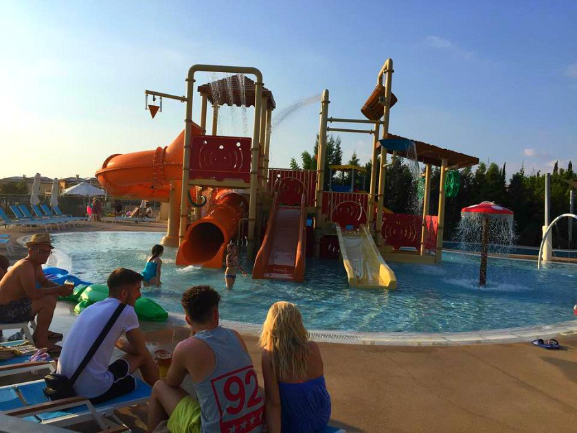 mini waterpark.jpg