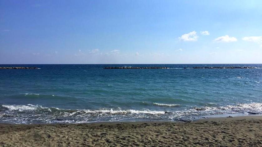 Puesta beach.jpg